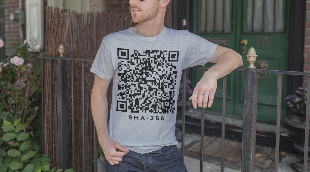 Bitcoin Researcher Has Bitcoins Stolen From Private Key on Shirt