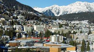 MasterCard and TransferWise Executives Debate Blockchain Disruption at Davos