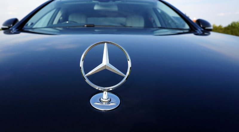 Daimler Financial Services Acquires Bitcoin Operator PayCash Europe to Launch Mobility ...