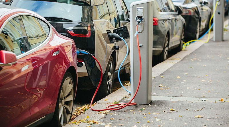 Innogy Charges New Electric Car Fleet Using Ethereum Blockchain